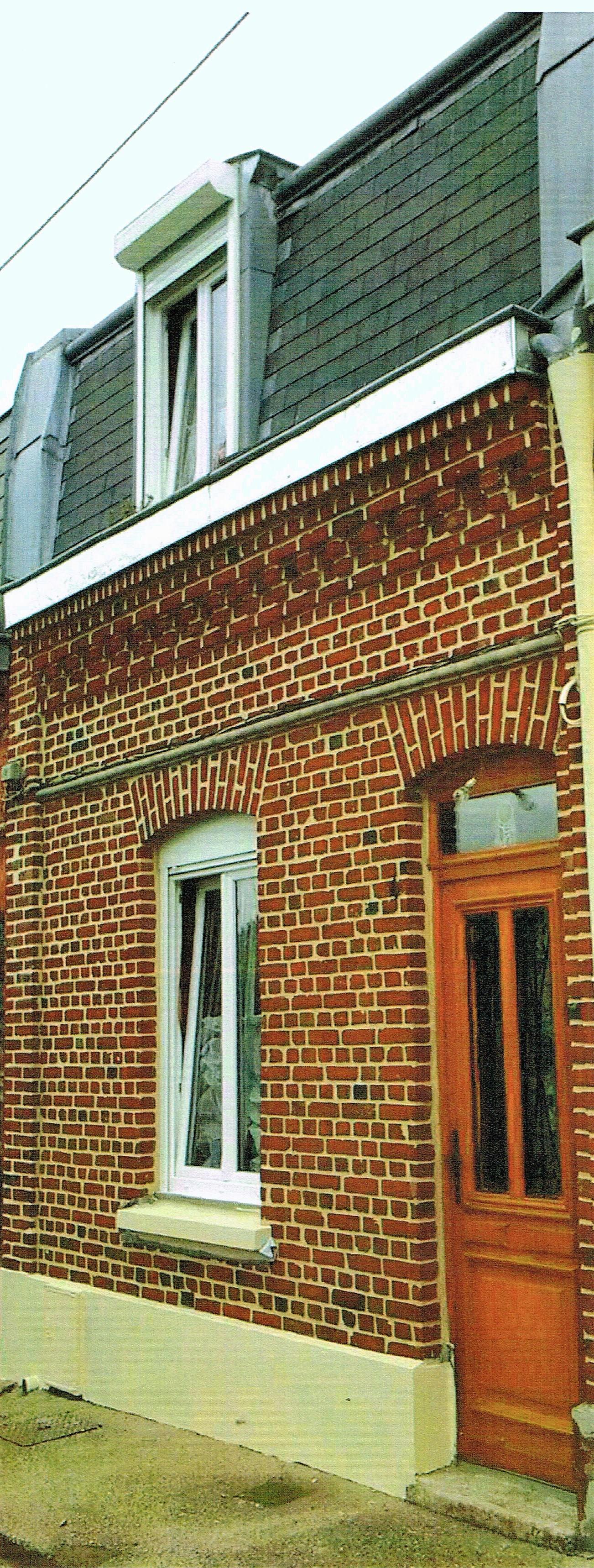 Maison briques joints ton pierre eco fa ade for Brique facade maison